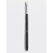 Dior Backstage Eyeliner Brush N° 24  (Acu līnijas ota N° 24)