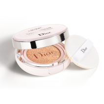 Dior Capture Dreamskin Moisturizing & Perfect Cushion SPF 50  (Perfekts sejas kušons ar toni)