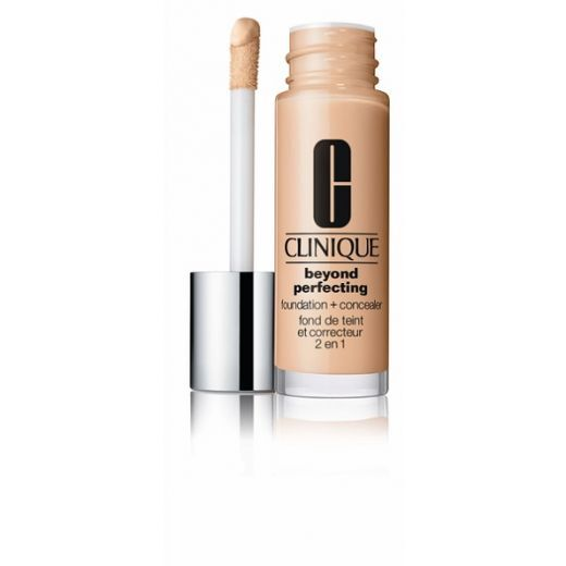 Clinique Beyond Perfecting Foundation + Concealer Nr. 04