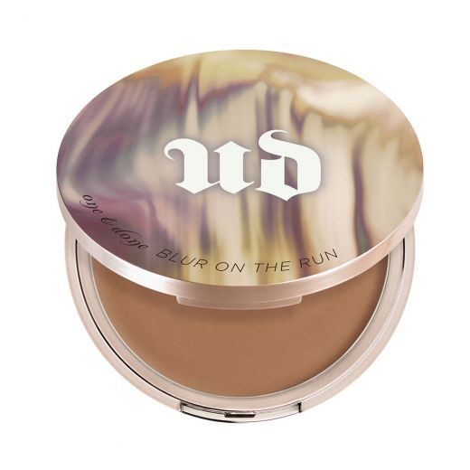 Urban Decay Naked Skin One & Done Blur On the Run 7,4 g Medium to Dark (Sejas ādas izskatu uzlab