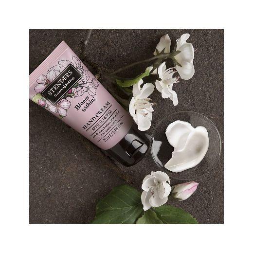 STENDERS Apple Blossom Hand Cream  (Ābeļziedu roku krēms)