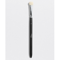 Dior Backstage Eyeshadow Shader Brush N° 21  (Acu ēnošanas ota N° 21)