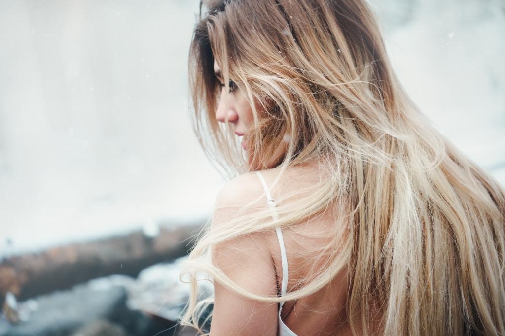 Izvairies no matu apstrādes ar karstajiem rīkiem